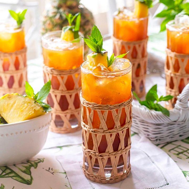 refreshing iced pineapple sweet tea thumbnail