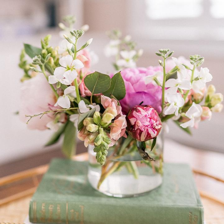 floral arrangement in glass jar