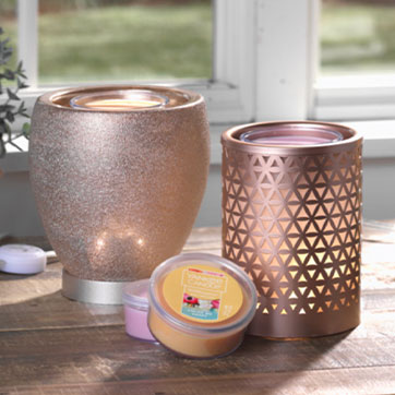 $40 Scenterpiece® Bundle: Any $40 Warmer + 3 Easy MeltCups